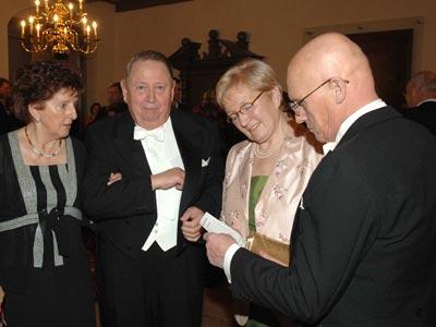 Brüder mit Damen